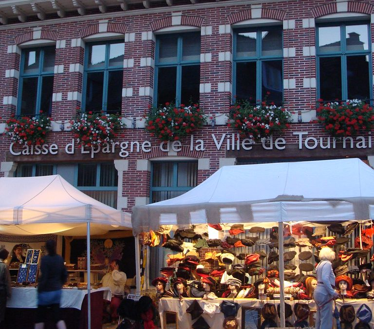 Les marchés resteront fermés – Carte blanche de Caroline Mitri (Échevine du commerce de la ville de Tournai)